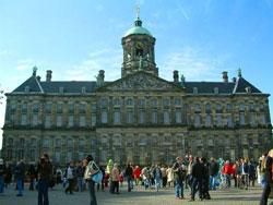 Άμστερνταμ, πλατεία Νταμ, ανάκτορα